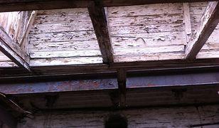 Kolejny zabytek jest niszczony (zdjęcia)