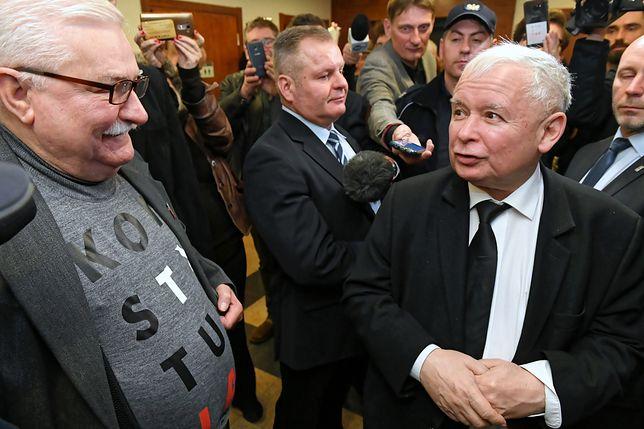 Jarosław Kaczyński i Lech Wałęsa w gdańskim sądzie.