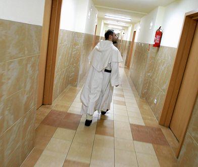 W Warszawie podczas kolędy jeden duchowny odwiedza 25 rodzin dziennie