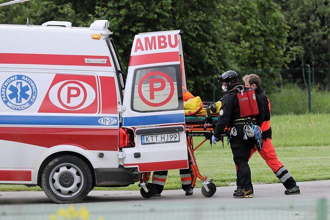Łódzkie.  Czołowe zderzenie dwóch samochodów osobowych / foto ilustracyjne