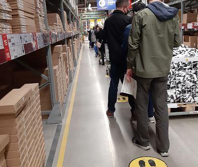 """Jak się robi zakupy w Ikei? """"Bałam się tej kolejki, ale poszło szybko"""""""
