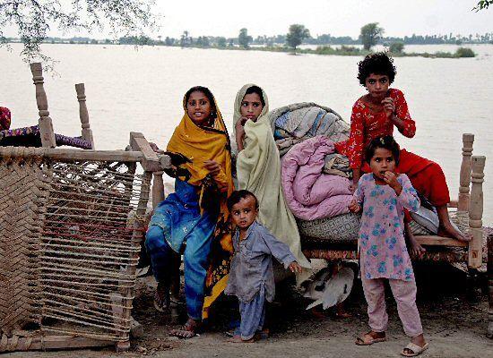 Powódź w Pakistanie: już 1400 ofiar, 3 mln poszkodowanych