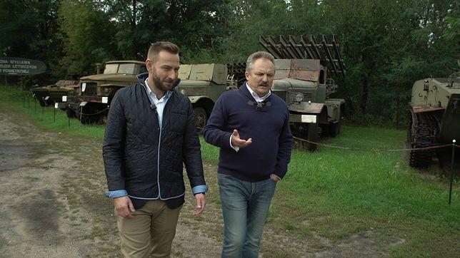 """""""Kto nami rządzi?"""". """"Podobno najbogatszy"""" polski poseł Marek Jakubiak na spacerze z Łukaszem Mężykiem"""