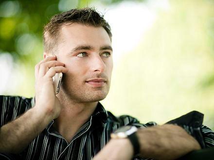 Telefon komórkowy źle wpływa na męską płodność