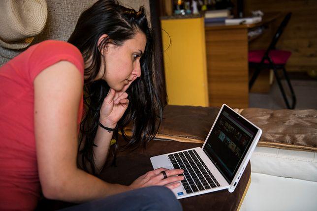 Monika zajrzała do cudzego laptopa