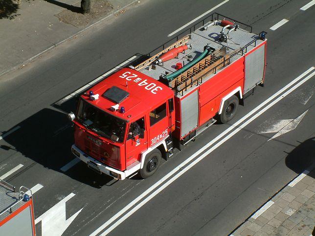 Wypadek strażaków. Jeden nie żyje, czterech jest poważnie rannych