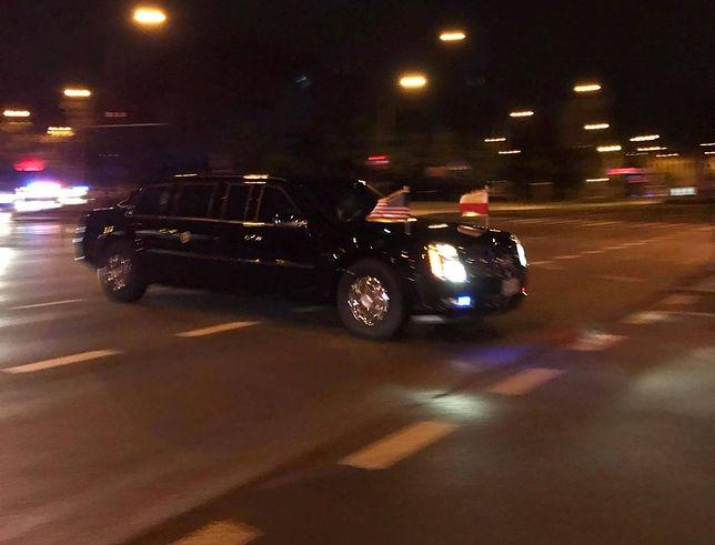 """Nie tylko policjanci uratowali życie mężczyźnie podczas przejazdu Trumpa. """"Mieli całe ręce we krwi"""""""