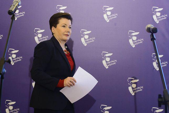 Gronkiewicz-Waltz dostanie niższą pensję przez rozporządzenie PiS. Zarobi aż o 24 złote mniej