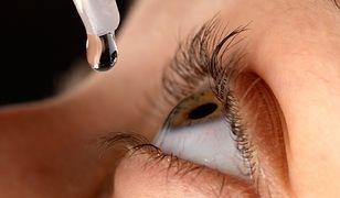 Xaloptic Free to preparat stosowany miejscowo do oka.
