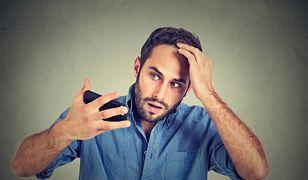 Wypadanie włosów – przyczyny i sposoby leczenia