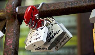 Czy romantyczna miłość istnieje? Polacy wciąż w to wierzą!