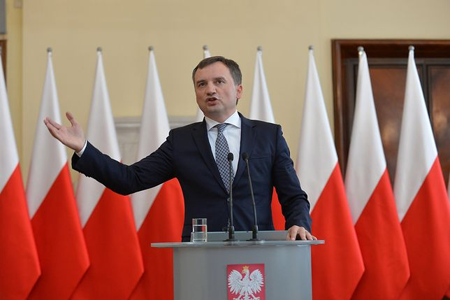 Wotum nieufności dla prezes SO w Krakowie. Jest reakcja Zbigniewa Ziobro i KRS