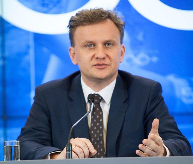 """Gorąca dyskusja w Sejmie o 500+. """"Potworne nieporozumienie"""""""