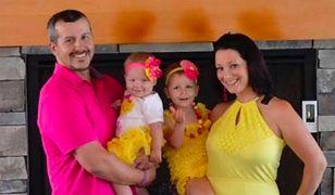 Brutalnie zamordował ciężarną żonę i małe córeczki. Kochanka wciąż ma z nim kontakt