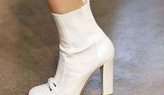 Białe buty - nowe trendy na jesień i zimę 2013/14