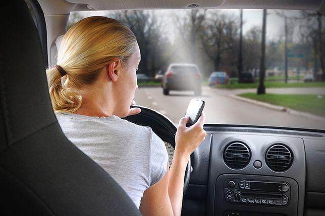 Kierowcy nie będą już mogli swobodnie korzystać z telefonów