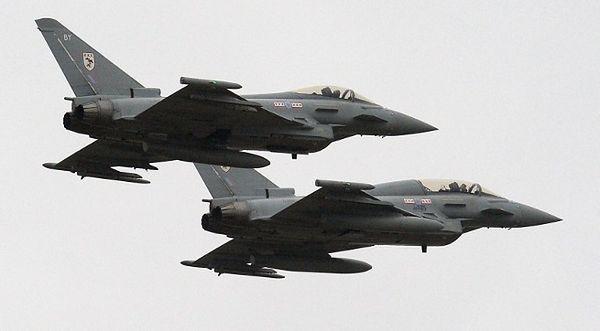 Cywilny samolot nie odpowiadał na wezwania lotniska. RAF musiało poderwać myśliwce