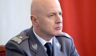 Komendant Główny Policji gen. Jarosław Szymczyk udzielił pomocy 12-letnie rowerzystce, która została potrącona na pasach