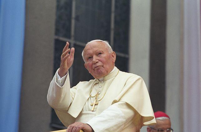Jan Paweł II zmarł w 2005 roku