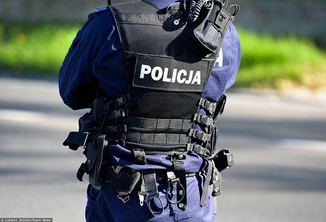 Warszawa. Wysoki rangą oficer policji sprawcą kolizji. Funkcjonariusz oddalił się z miejsca zdarzenia