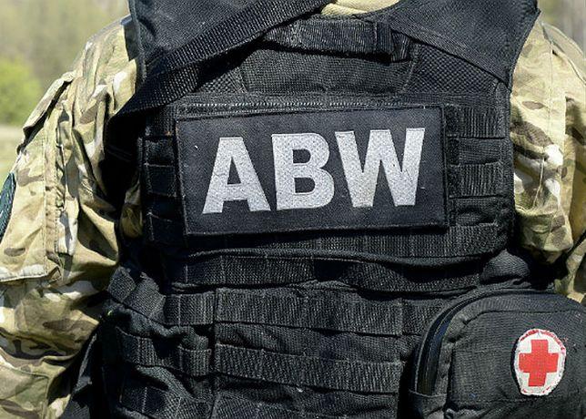ABW zatrzymała Polaka, podejrzanego o nawoływanie do przeprowadzenia zamachu terrorystycznego w Polsce