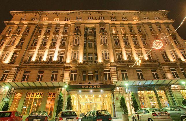 Grand Hotel wyprzedaje wyposażenie. Setki łodzian przybyły kupić kawałek historii