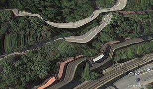 """Artysta Clement Valla przeszukuje mapy Google i odnajduje na nich niezwykłe """"pocztówki"""""""