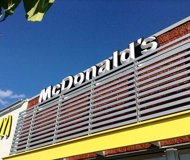 Długowieczne hamburgery i frytki. McDonald's tłumaczy przyczyny.