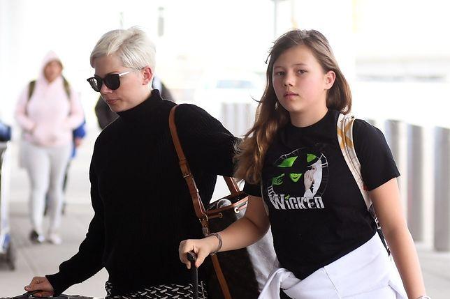 Michelle Williams i Matilda Ledger na lotnisku