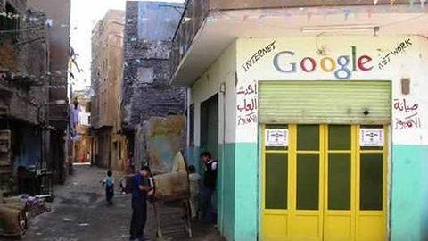 Dziwnie szukamy gier w Google
