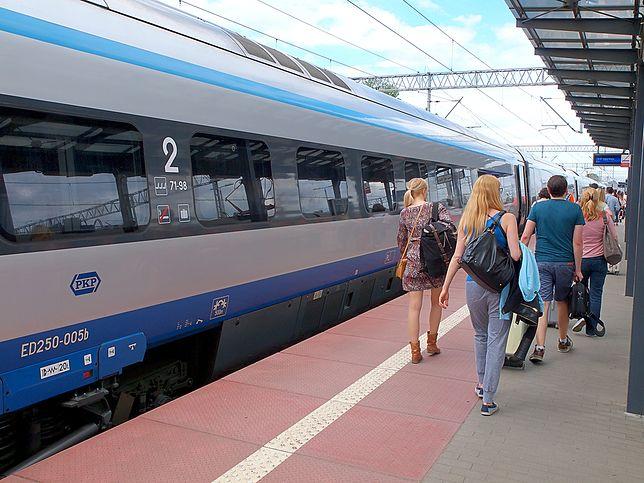 PKP Intercity zaplanowało dodatkowe, sezonowe kursy 7 par pociągów