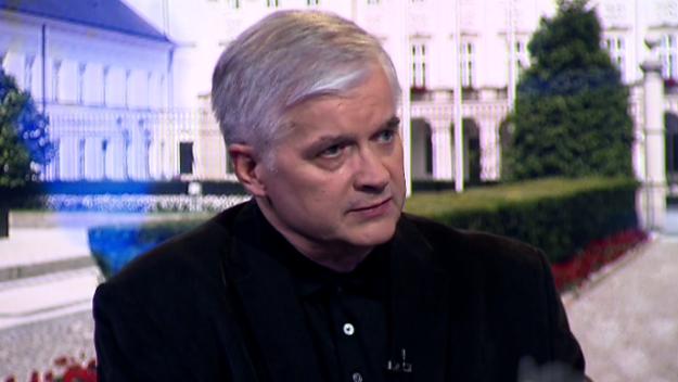 """Włodzimierz Cimoszewicz krytykuje Donalda Tuska. """"Powinien być na zaprzysiężeniu Dudy"""""""