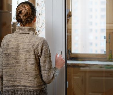 Jej babcia przeżyła gwałt. Córkę oddaną do adopcji poznała po 77 latach