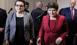 """Minister Anna Zalewska i wicepremier Beata Szydło podczas rozmów """"ostatniej szansy"""" z ZNP. 7 kwietnia 2019 roku. Następnego dnia rozpoczął się strajk."""