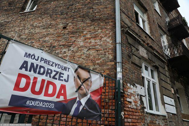 Wyrok za nieważenie Andrzeja Dudy. Karą prace społeczne (zdjęcie ilustracyjne)