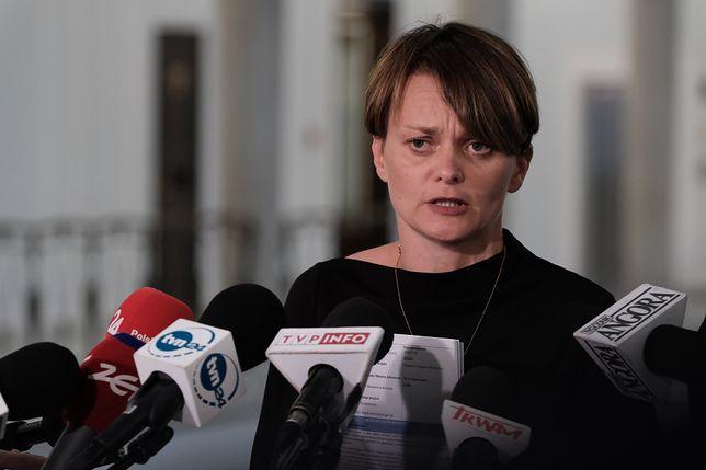 """Jadwiga Emilewicz o wypadzie na narty z synami. """"Niestosowna"""" sytuacja"""