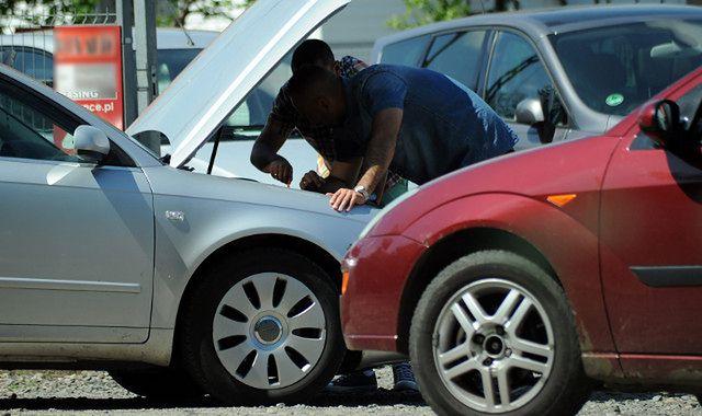 Auta złomowane w Niemczech trafiają na polskie drogi