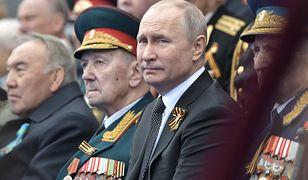 Prezydent Rosji Władimir Putin podczas obchodów Dnia Zwycięstwa w Moskwie (zdj. arch.)