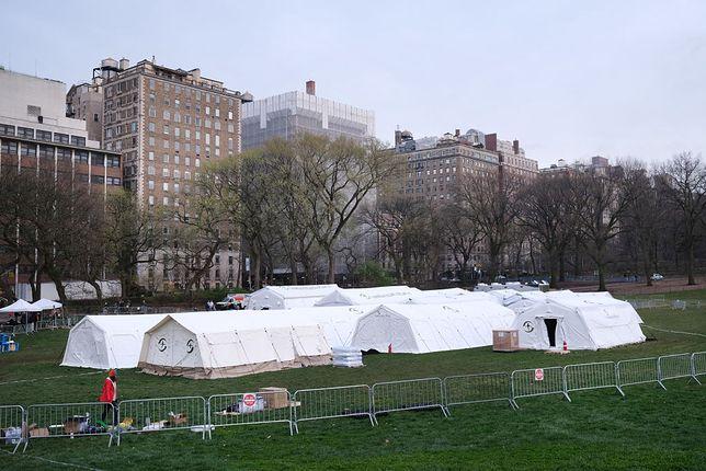 Koronawirus w USA. Nowy Jork. Polowy szpital w Central Parku - w sercu Manhattanu.