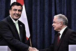 Szczerek: Kaczyńscy, Saakaszwili, Orban i inni. Fajnych macie kolegów, chłopaki