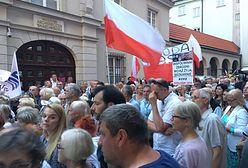 Miesięcznica smoleńska. Jarosław Kaczyński: idziemy do przodu