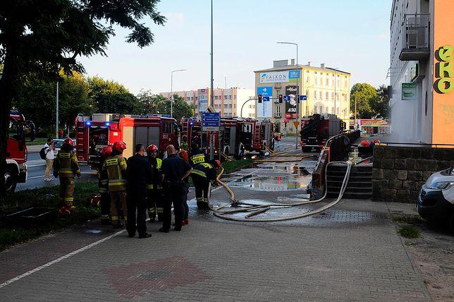 Wyciek niebezpiecznej substancji w Elblągu. Dwie osoby poszkodowane