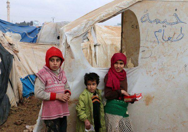 W Syrii ponad 300 osób zmarło z głodu i braku lekarstw