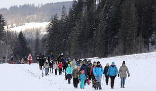 Pierwszy weekend ferii. Beskidy przepełnione turystami. Tłumy w Tatrach