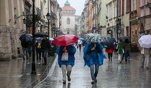 IMGW ostrzega przed obfitymi opadami deszczu