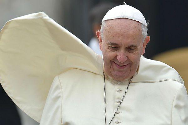 Papież rozpoczął trzydniową wizytę w Turcji