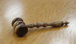 Kalisz. 15 lat czekała na wyrok. 350 tys. dla 19-latki za błąd medyczny
