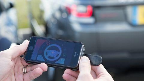 Mobilna aplikacja umożliwia zdalne kierowanie Range Roverem