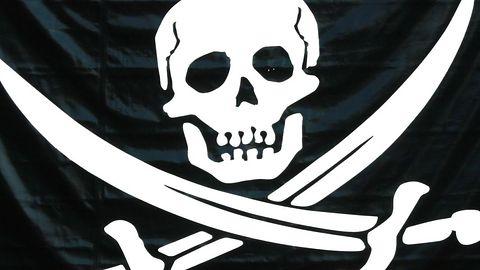 Brytyjska policja sięga po kolejne sposoby walki z piratami. Tym razem wykorzysta przeciw nim reklamy