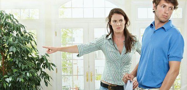 Mężczyźni nie angażują się w prace domowe. Wszystkiemu winne są kobiety